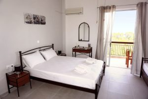Mari-Rena Plaz - Paralio Astros - rooms for rent